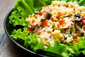 Salata de legume cu ton