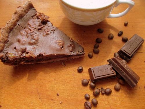 Tarta cu ciocolata si nuci