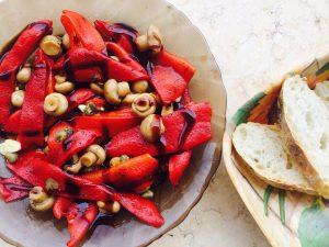 Salata de ardei copti cu ciuperci