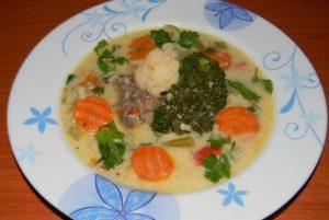 Ciorba cu broccoli si conopida