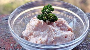 Salata de icre proaspete